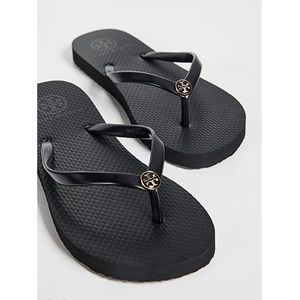Tory Burch Thin Flip-Flops (Size 5, Black)